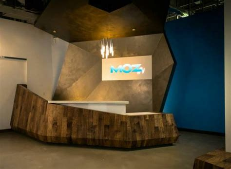 Funky Reception Desks 50 Reception Desks Featuring Interesting And Intriguing Designs