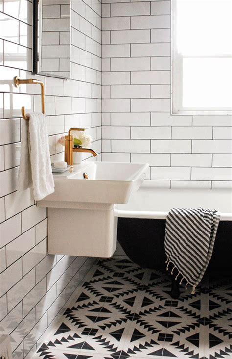 black  white bathrooms  paradissi