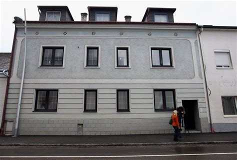 Josef Fritzl House by House Where Josef Fritzl Tortured And Sold