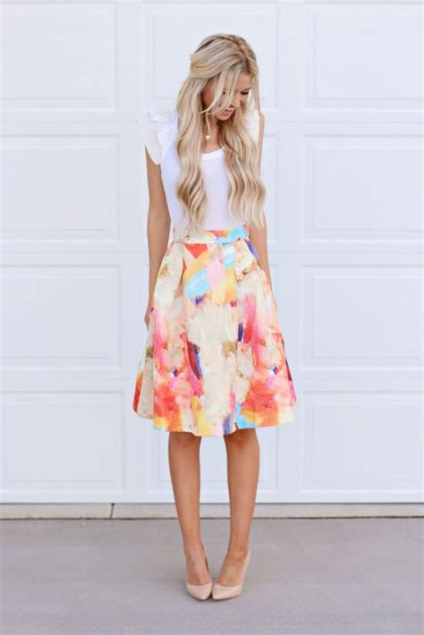 how to dress for picture of inspiring feminine spring outfits with skirts 2
