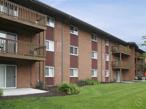 Brookwood Apartments Indianapolis In 46227 Apartments For Rent