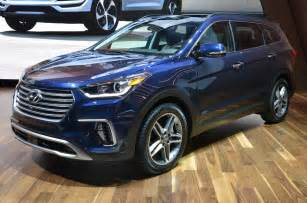Hyundai Santa 2017 Hyundai Santa Fe Review And Rating Motor Trend