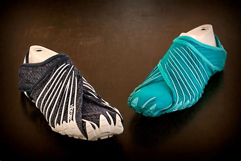japanese shoes japanese inspired shoes that wrap around your bored