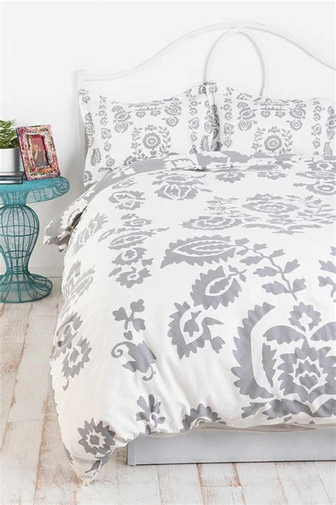 best 25 bedspreads ideas on bed