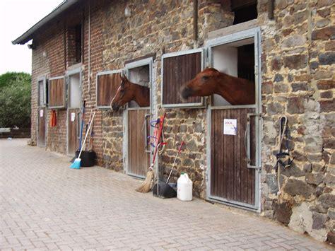 stall pferde zuchthof wind stall und anlage
