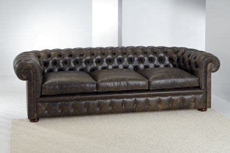 poltrone e sofa asti divano 3 posti chester classic divani santambrogio