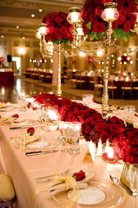 Table Settings For Weddings 30 Spectacular Winter Wedding Table Setting Ideas Wedding Table Settings Table Settings And