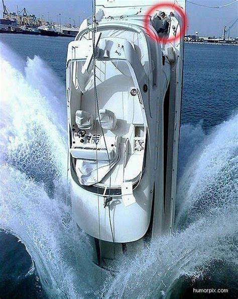 25 best images about boat crashes on pinterest theater - Bad Boat Crashes