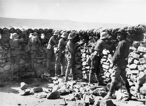 la guerra de marruecos soldados espa 241 oles luchan en el frente de marruecos durante la guerra de 193 frica en 1921 efe