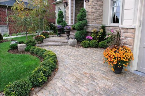 20 Brilliant Front Garden Landscaping Ideas Style Motivation Landscaping Front Garden Ideas