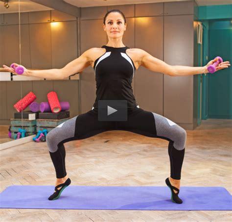 bauchmuskeltraining zu hause frau die besten 25 30 minuten bauchmuskeltraining ideen auf