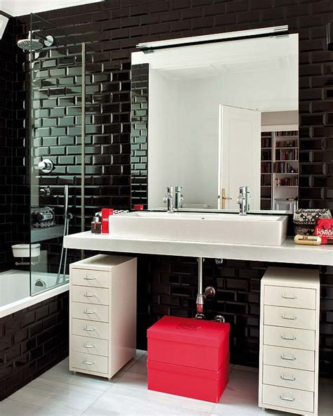 black white pink bathroom the evocative atmopshere of a bathroom 17 beautiful