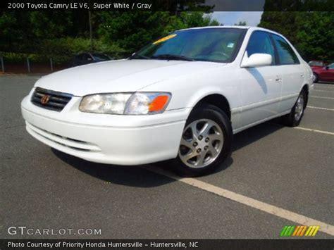 2000 Toyota Camry Le V6 White 2000 Toyota Camry Le V6 Gray Interior