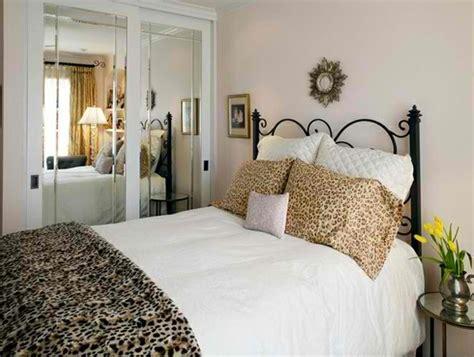 verwandeln sie ein schlafzimmer in einen schrank 15 reizende schlafzimmer ideen mit leopard akzenten