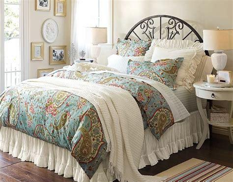 es geht um gro 223 e betten f 252 r eine unendliche - Bett Mit Vielen Kissen