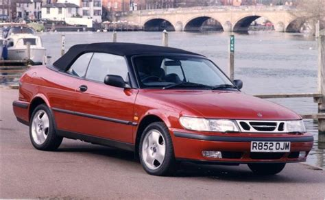 how it works cars 1999 saab 900 head up display saab 900 9 3 convertible 1994 2003 used car review car review rac drive