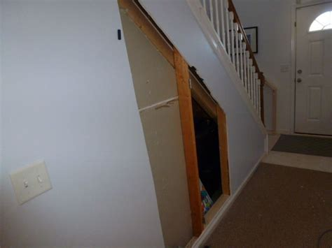 hidden room   stairs  steps  pictures