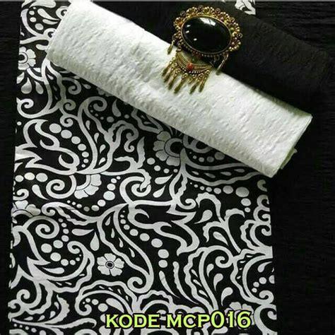 Kain Prada Wajik Dan Embos lebih dekat dengan model baju batik modern saat ini