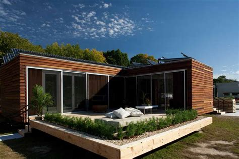 architecture self sustaining homes with wood walls self