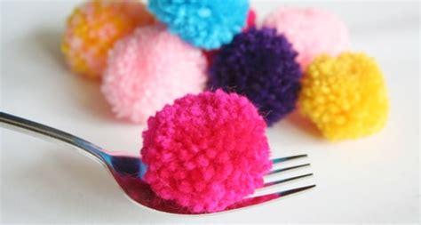 mini pompoms klitzekleine bommeln handmade kultur