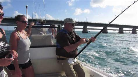 fishing boat attack monster shark attacks fishing boat florida keys youtube
