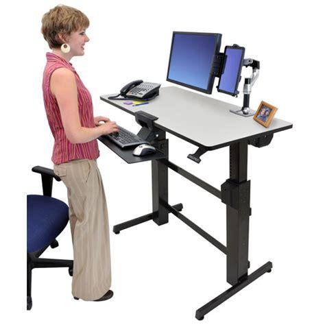am駭agement poste de travail bureau ergotron workfit d bureau assis debout meuble ordinateur