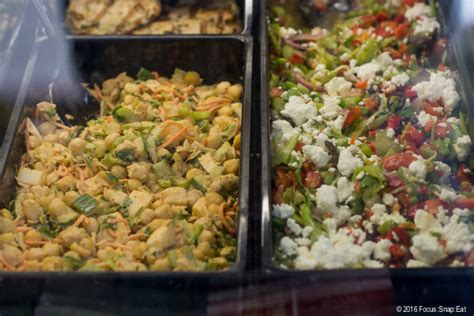 howdens cuisine howdens cuisine take a closer look with howdens