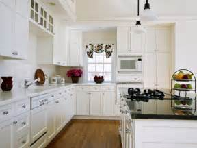 White Kitchen Cabinets Hardware Creative Juice Quot What Were They Thinking Thursday