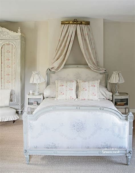 beautiful french bedroom chair with kate forman fabric 163 crown canopy