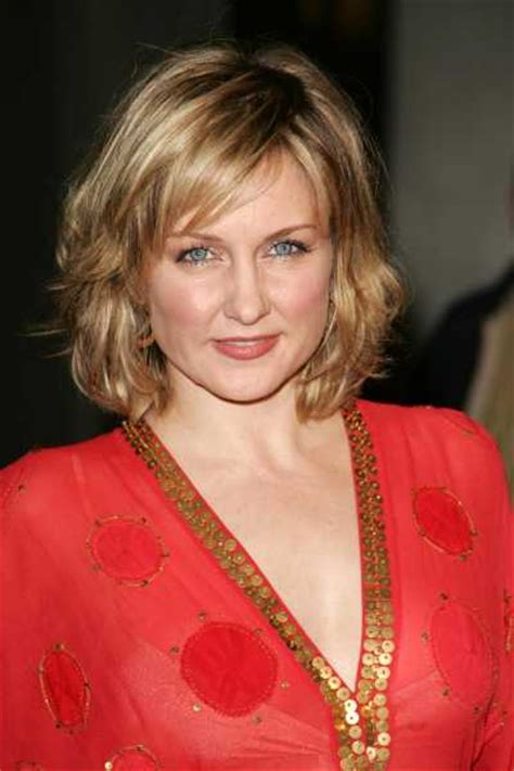amy carlson hairstyle blue bloods amy carlson dc movies wiki fandom powered by wikia