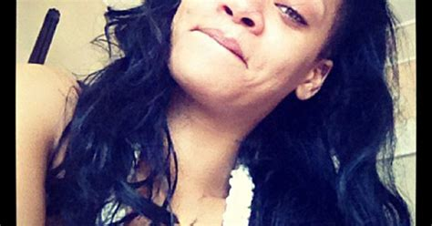 rihanna pubic hair pic rihanna still looks stunning without makeup us weekly