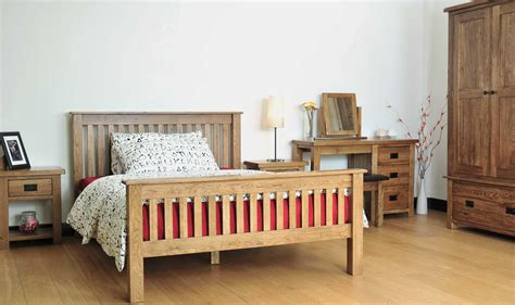 Light Oak Bedroom Furniture Sets Light Oak Bedroom Sets Home Landscapings Amish Light Oak Bedroom Furniture