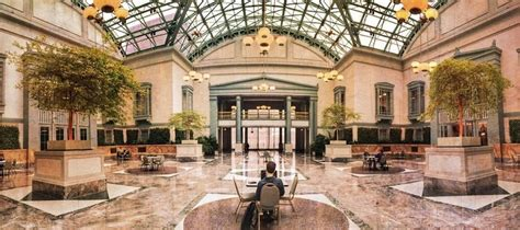 Winter Garden Library by Five Winter Things To Do In The Loop Chicago Detours