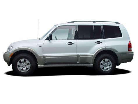 best auto repair manual 2005 mitsubishi pajero interior lighting mitsubishi montero reviews research new used models motor trend