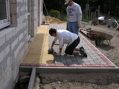 Laying A Paver Patio Diane Bob Laying Patio Pavers Photo