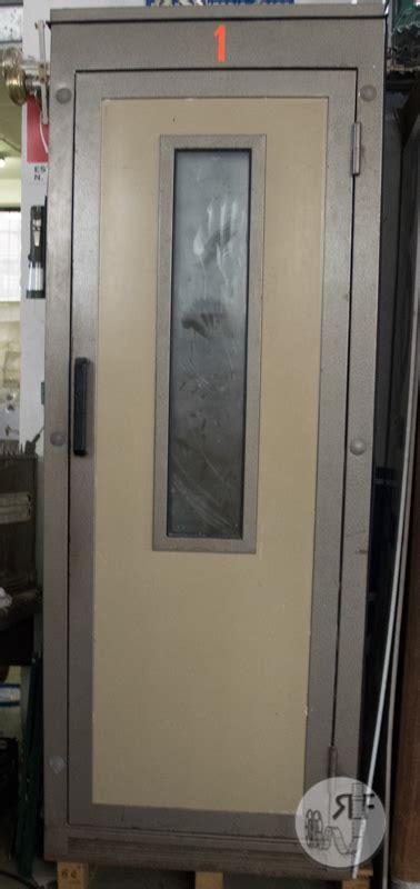 cabina telefonica cabina telefonica anni 80 rental industry