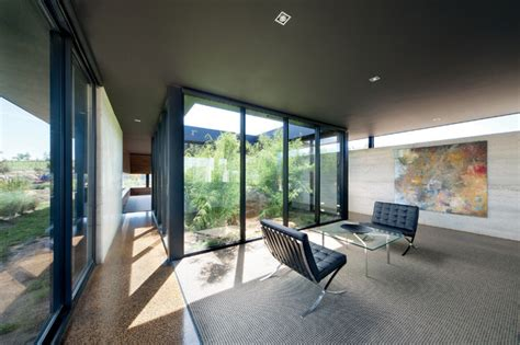 courtyard home 10 modern houses with interior courtyards design milk