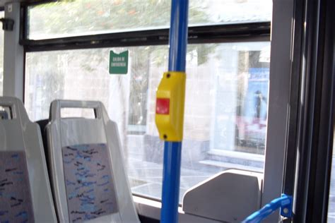 atorada en la ventana xnxxx situaciones incomodas en el bus humor taringa
