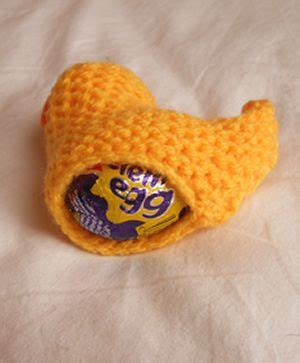 knitting pattern for chicken egg cosy 17 best ideas about cadbury chocolate on