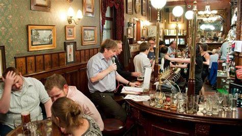 film pub quiz london celebrating a great british institution the pub quiz