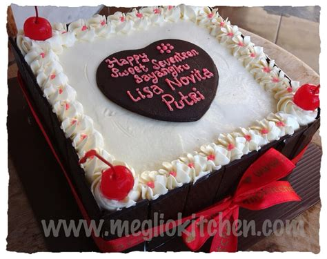 Kue Ulang Tahun Enak Dan Murah Happy Birthday pin kue black forest cake on