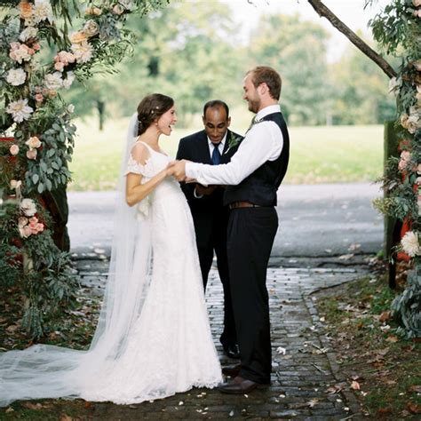 wedding officiant 6 questions to ask prospective wedding officiants martha