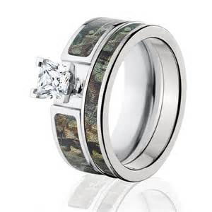 camo wedding rings sets cobalt camo bridal ring set realtree timber bridal set custom