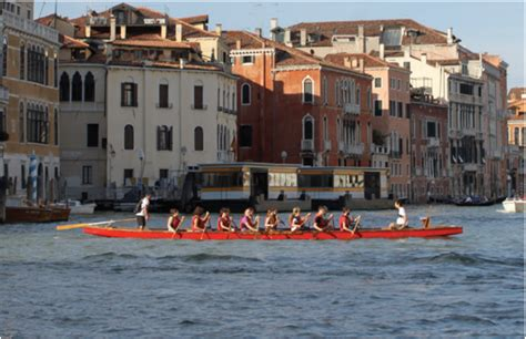 dragon boat equipment dragon boat tour veneziaunica city pass