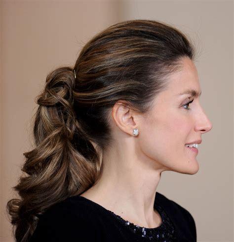 spain hair styles princess letizia s ponytail spanish clotheshorse debuts