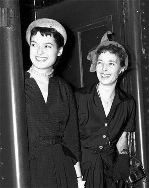Fashion Designer Liz Claiborne Dies by Obituary Photos Honoring Liz Claiborne Tributes