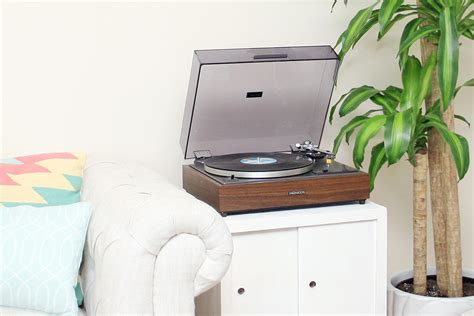 diy record player cabinet diy record player stand makeover