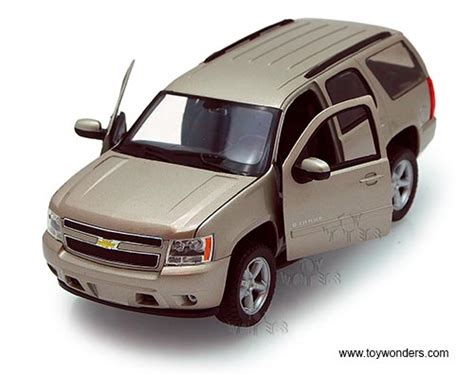 chevy jeep models 2009 chevrolet tahoe suv by welly 1 24 scale diecast model
