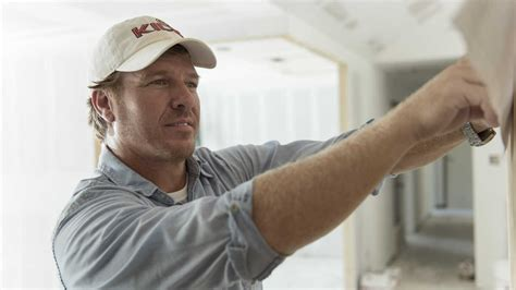 chip gaines 7 things chip gaines wants you to know about fixing up