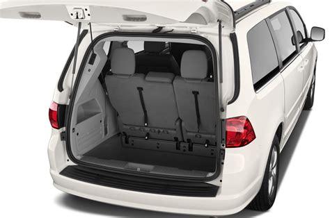 volkswagen minivans 2012 volkswagen routan reviews and rating motor trend